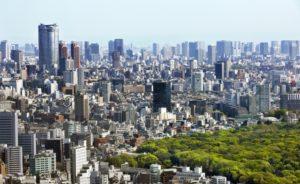 住宅街、東京のビル群