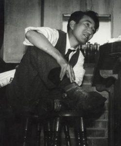 Osamu_Dazai1946