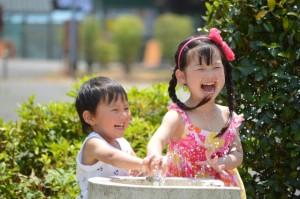 子ども水遊び