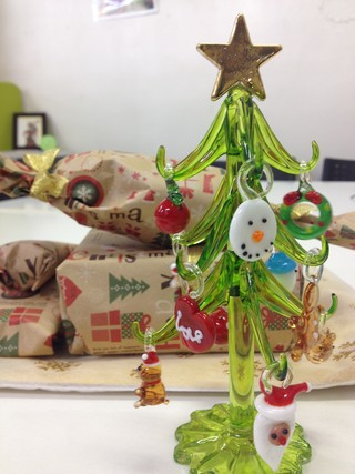 本棚お助け隊クリスマスツリー